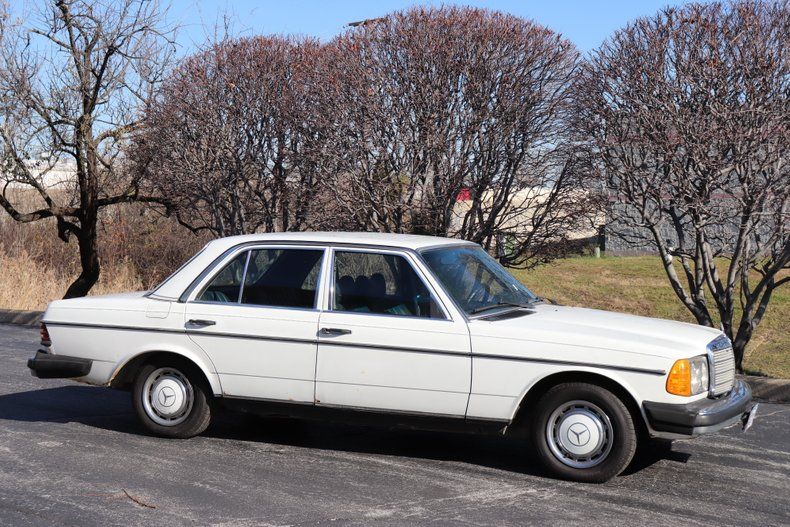 1978 Mercedes Benz 240D For Sale