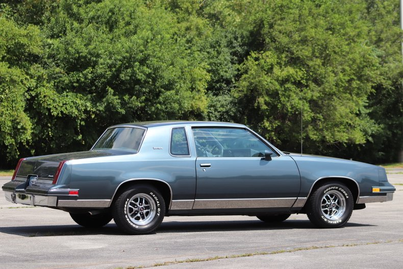 1985 oldsmobile cutlass supreme brougham
