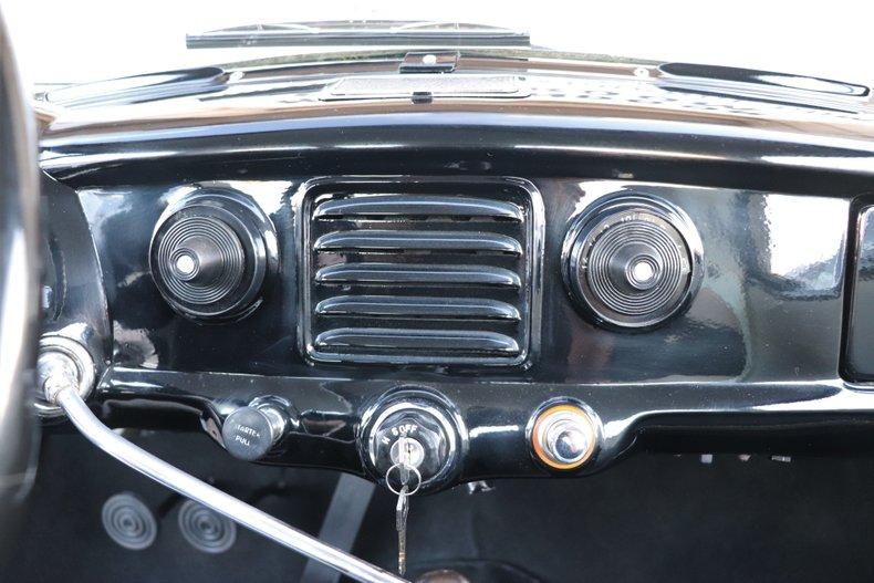 1961 nash metropolitan model 562
