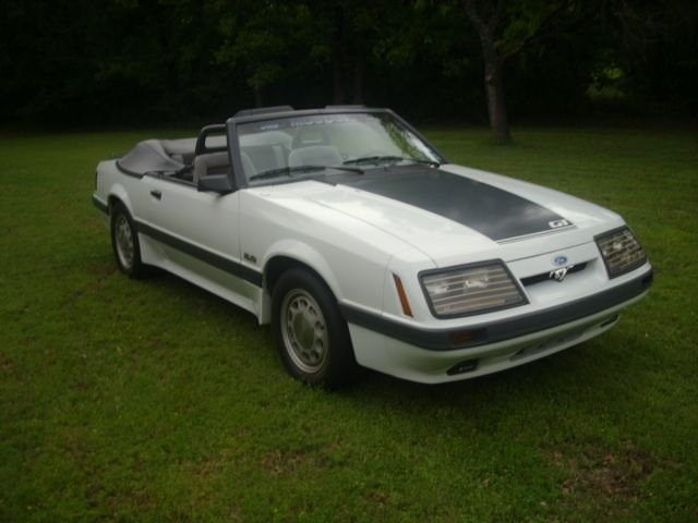 1986 Ford Mustang 2Dr Conv
