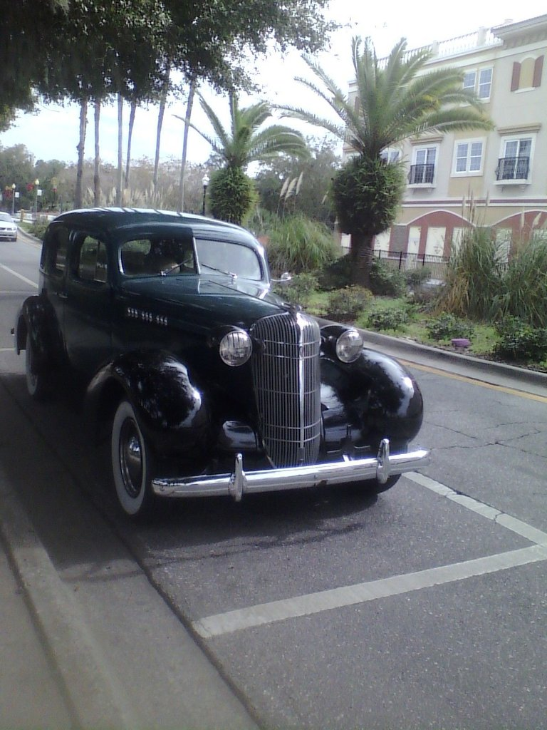 1936 Oldsmobile Series 76