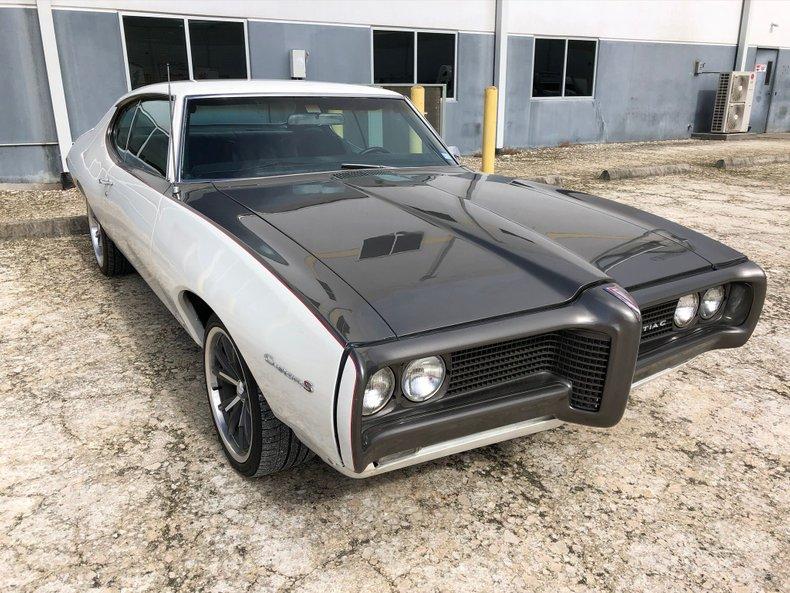1969 Pontiac Custom
