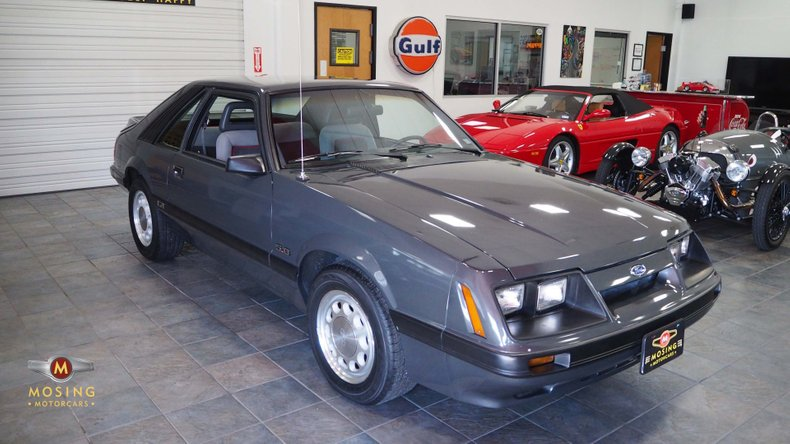 1986 Ford Mustang GT Hatchback 5-speed