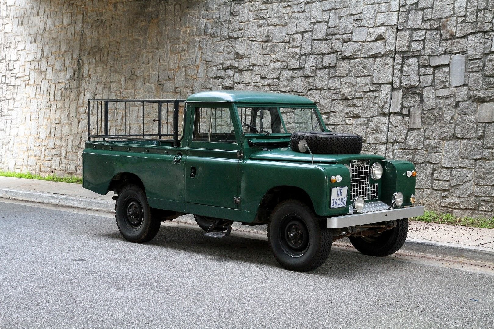 1961 land rover series ii 109