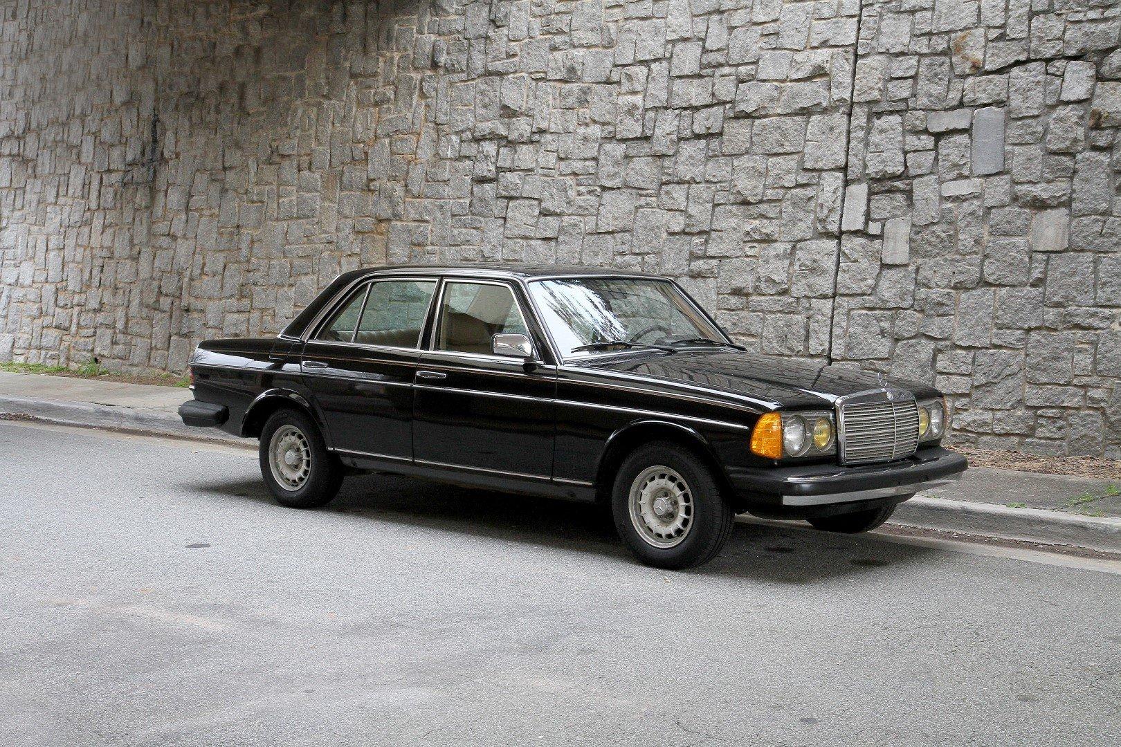 1983 Mercedes-Benz 300D | Motorcar Studio