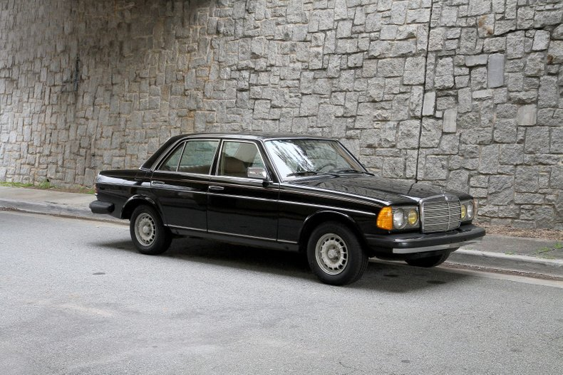 1983 Mercedes-Benz 300D For Sale