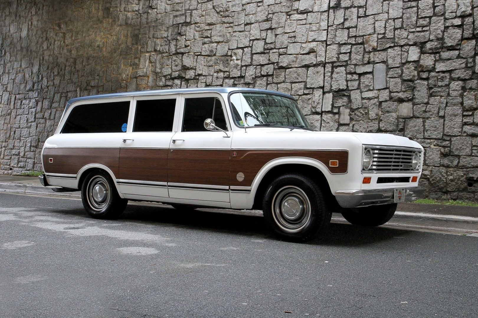 1974 international travelall