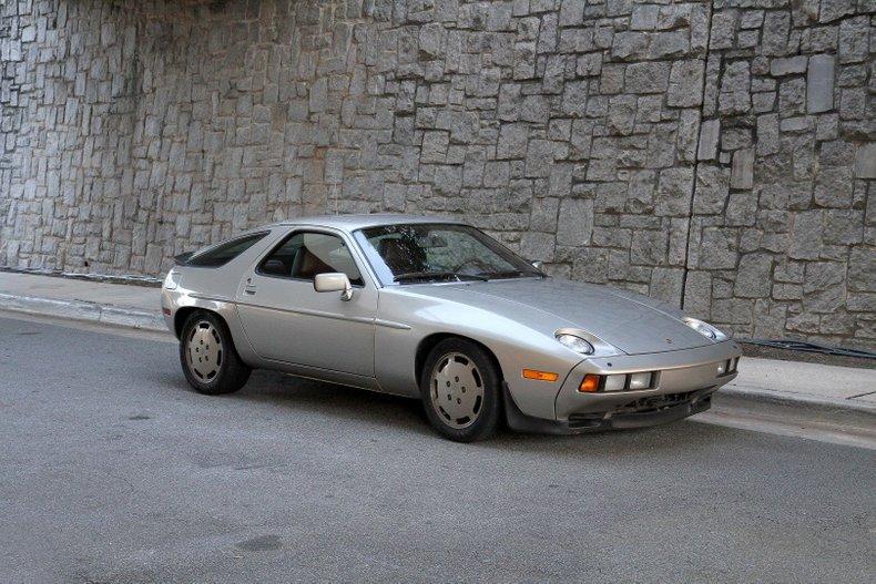 1984 Porsche 928