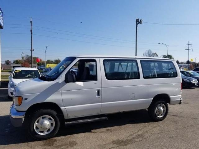 1998 Ford Club Wagon for sale #153745 | Motorious