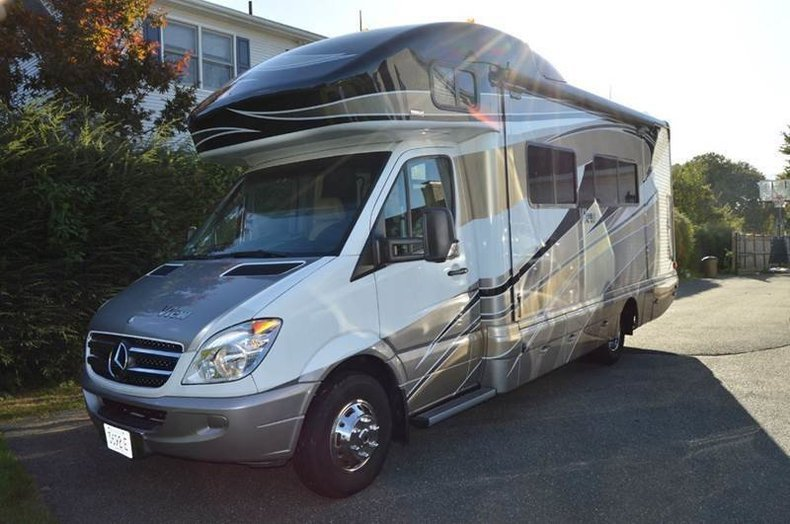 2012 Winnebago View WM524M