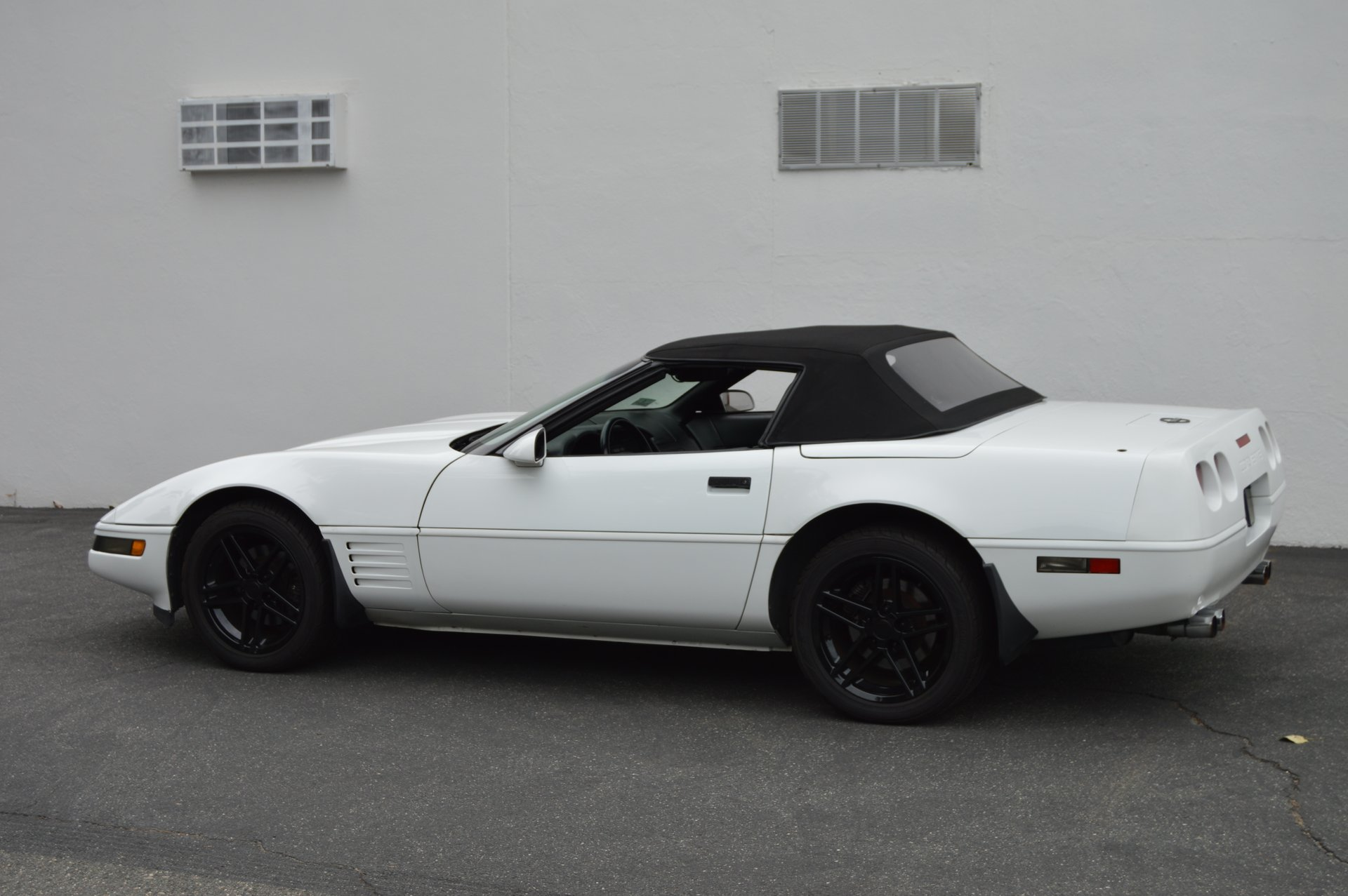 1991 Chevrolet Corvette | Mutual Enterprises Inc