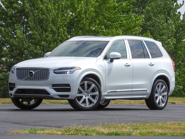 2017 Volvo XC90 T8 E-AWD Excellence