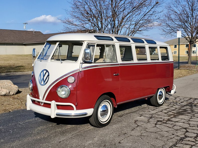 1967 Volkswagen 21 Window Safari Bus