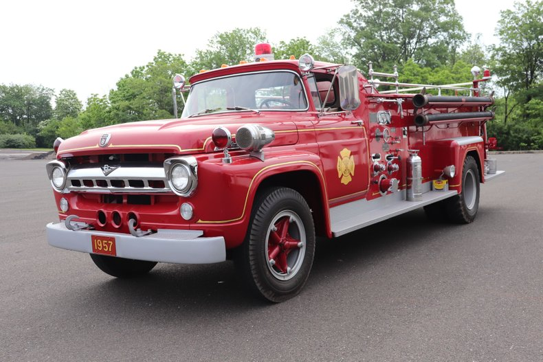 1957 Ford F800 Fire Engine