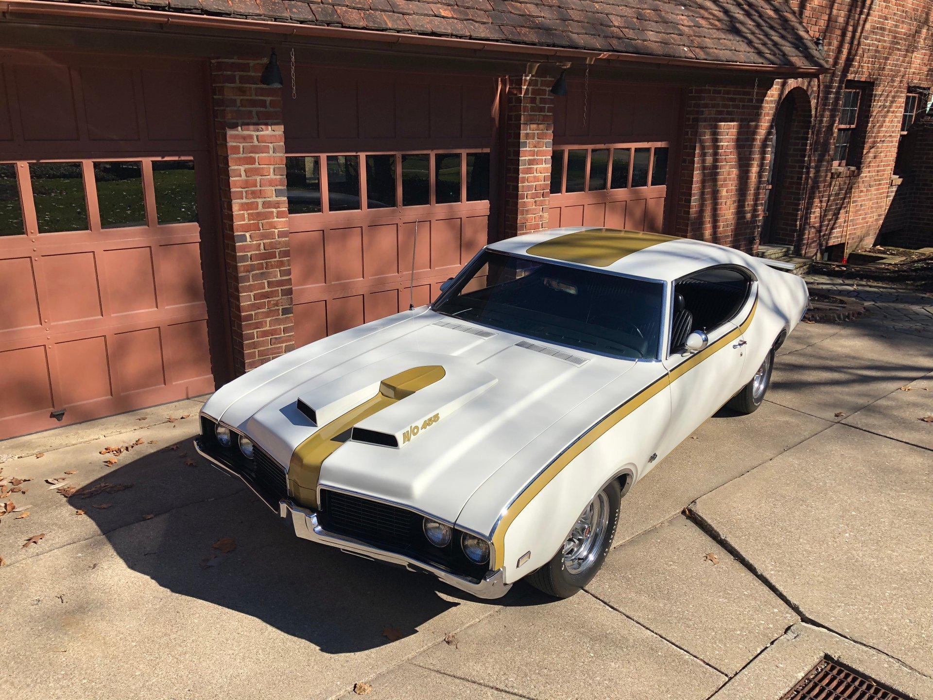1969 oldsmobile cutlass hurst olds