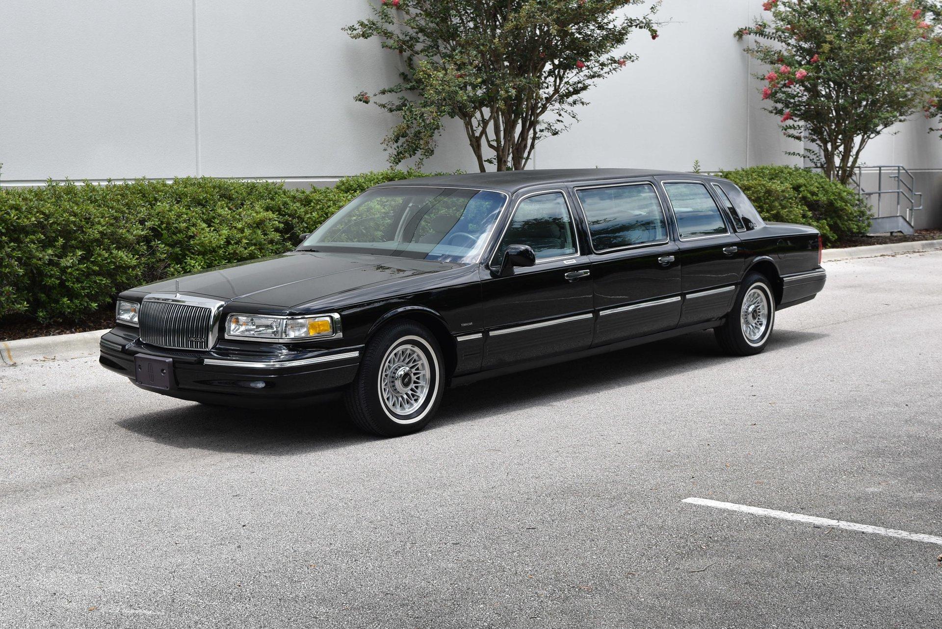 1997 Lincoln Limousine