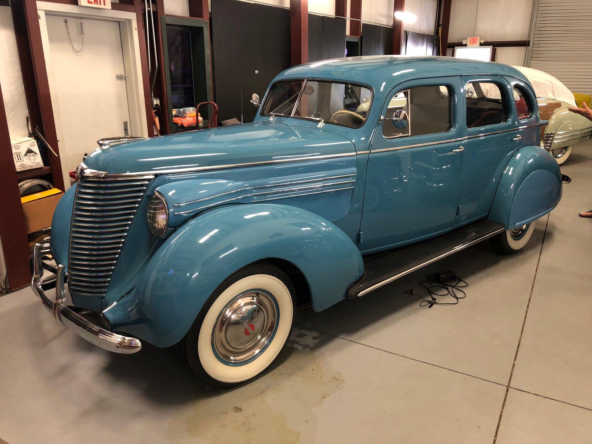 1938 Hupmobile Sedan