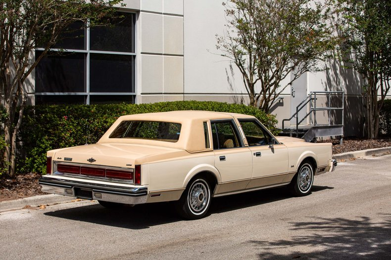 For Sale 1984 Lincoln Town Car