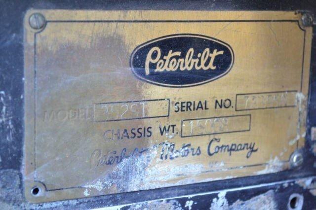 1975 Peterbilt 352