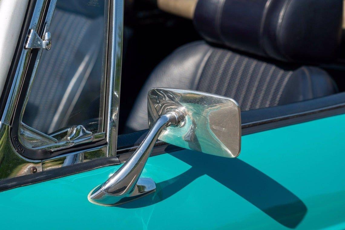 1972 MG B