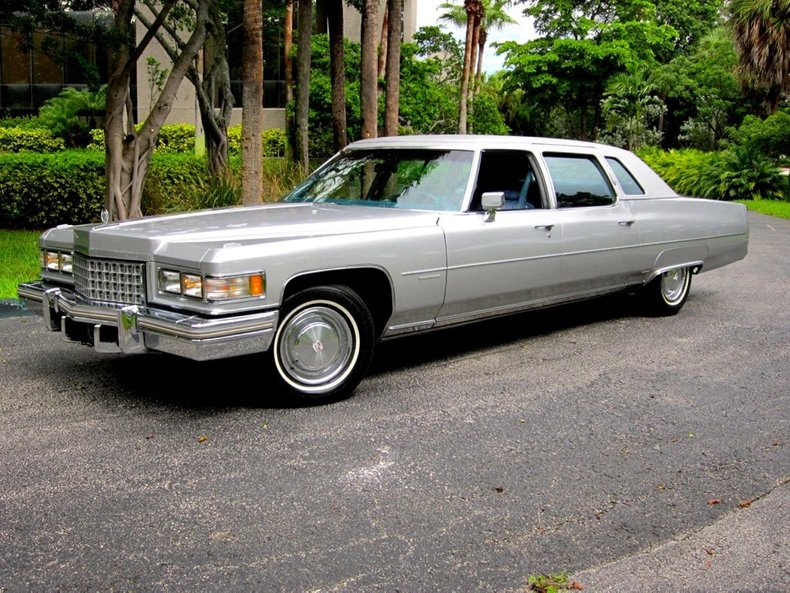 1976 Cadillac FLEETWOOD 75