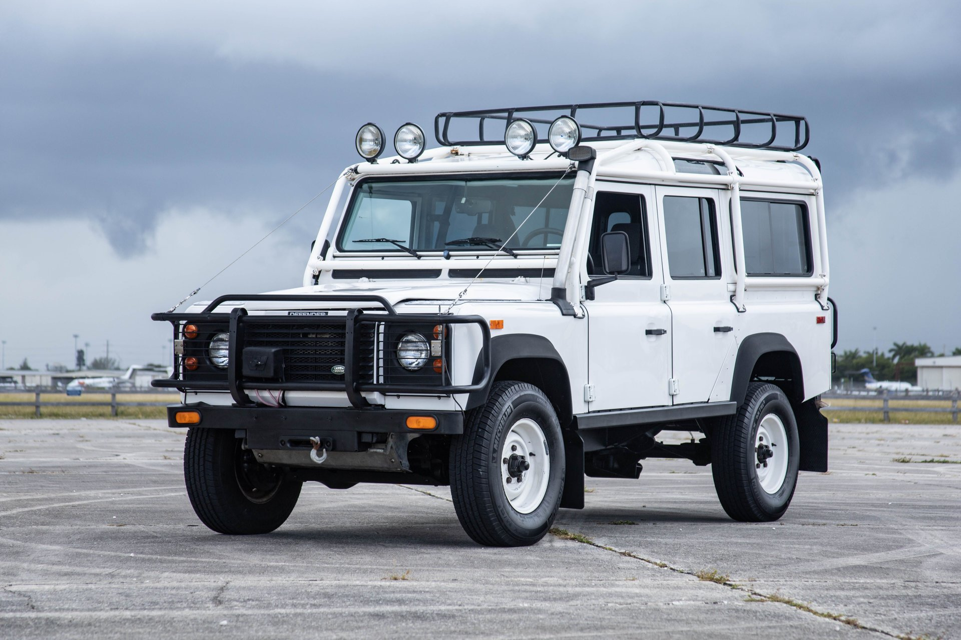 1993 land rover land rover defender 110 5dr wagon