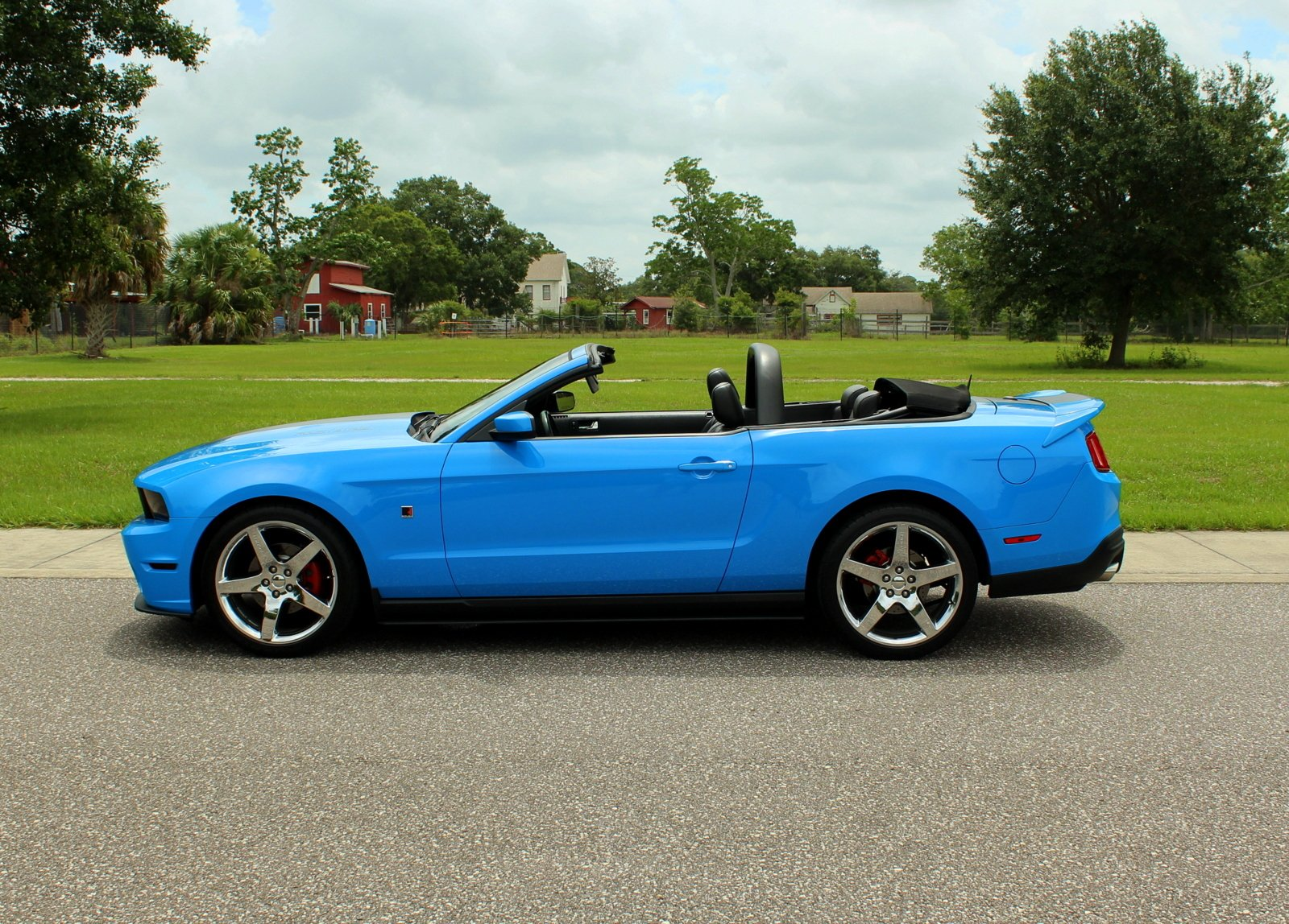 2010 ford mustang convertible roush stage 1
