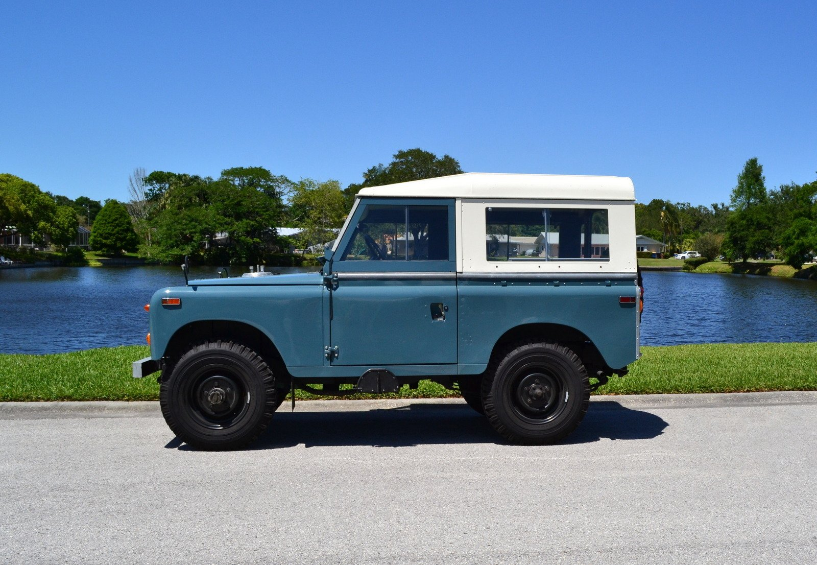 1970 land rover series iia 88