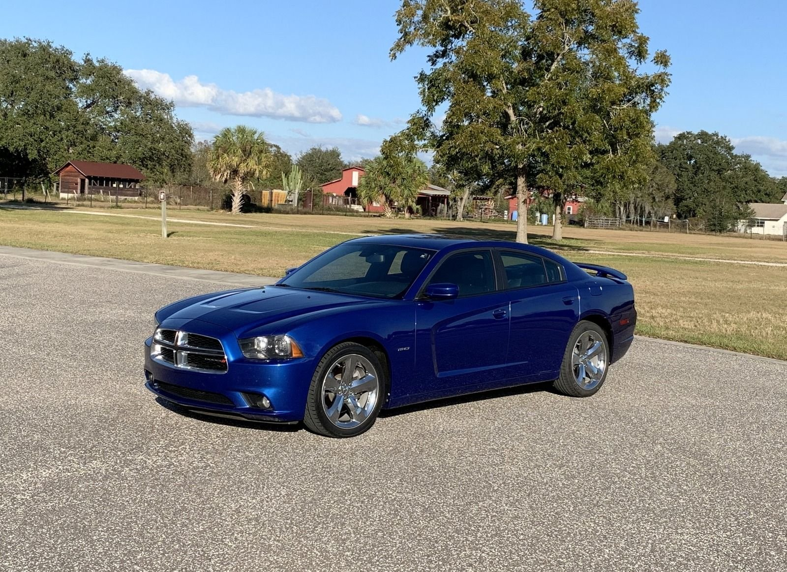 2012 dodge charger r t