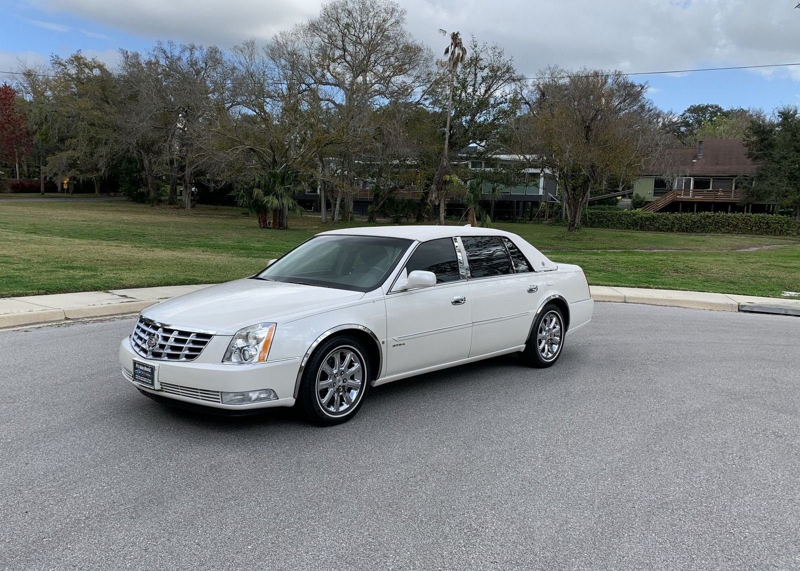 2009 cadillac dts l extended