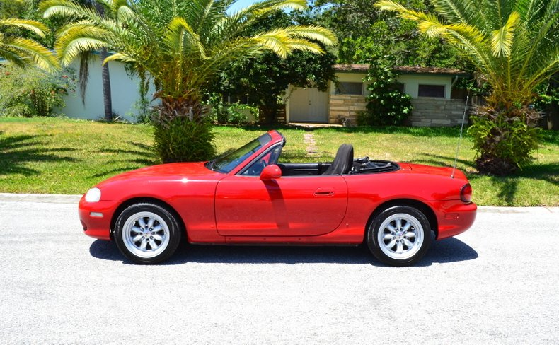 2002 Mazda MX-5 Miata For Sale