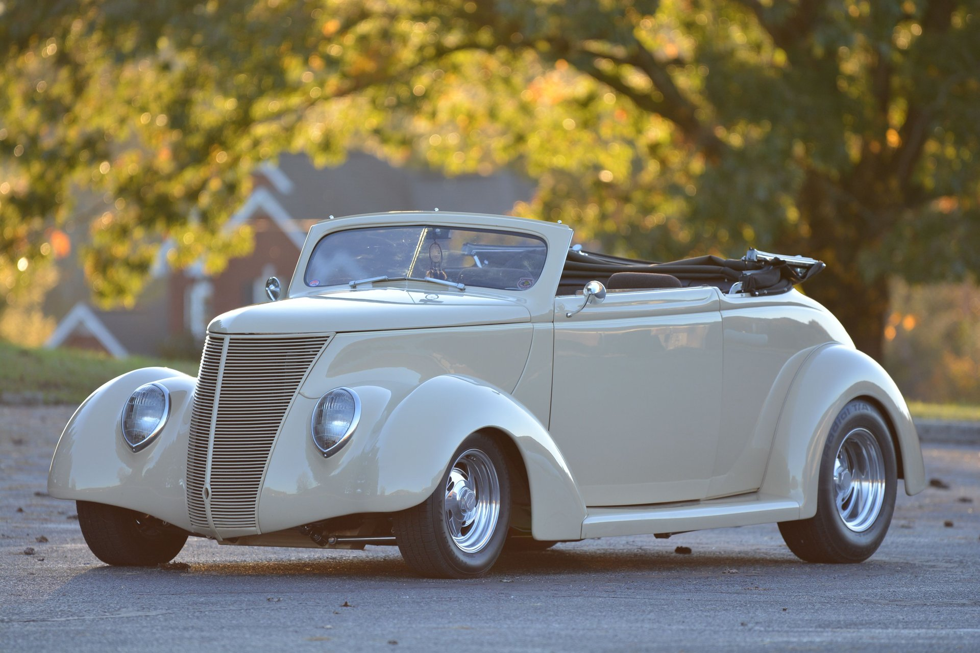 1937 ford street rod convertible