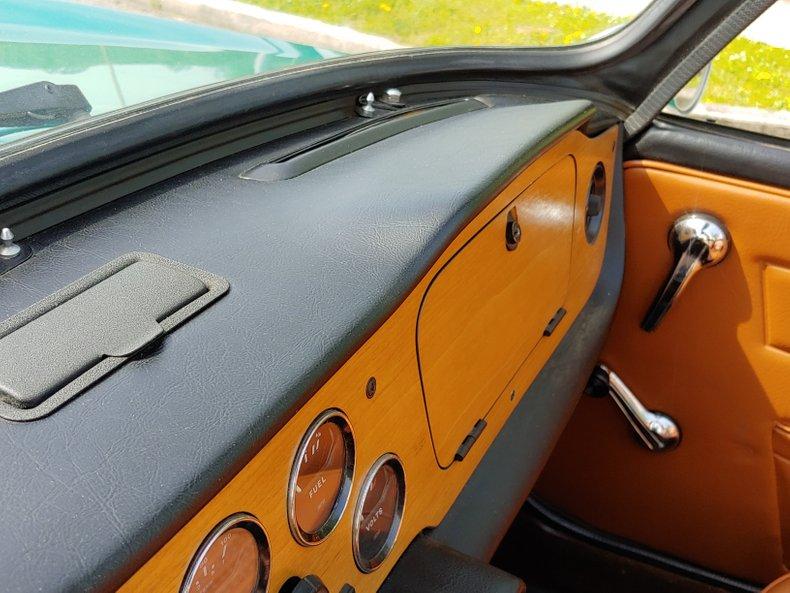 1974 Triumph TR6 26