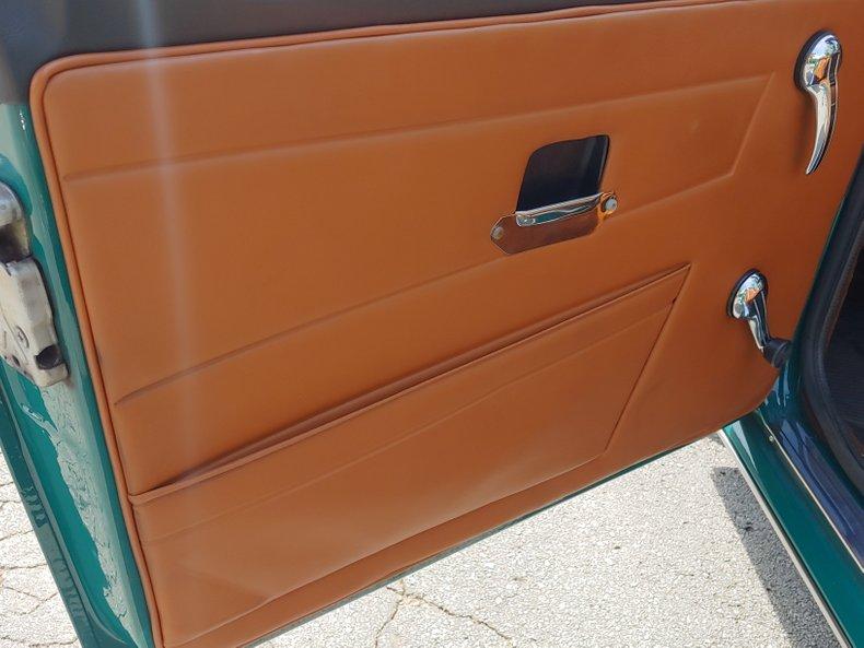 1974 Triumph TR6 30