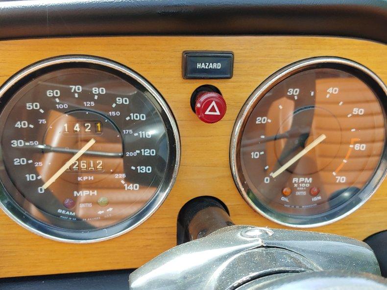 1974 Triumph TR6 27
