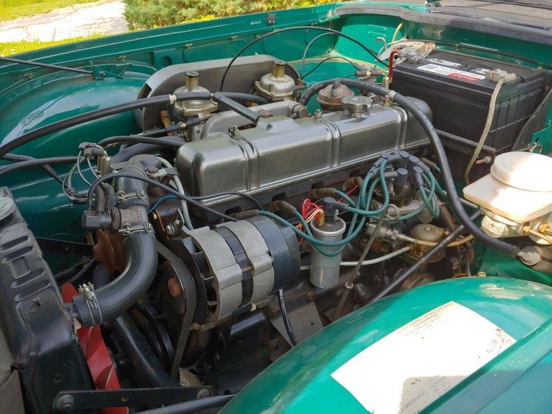 1974 Triumph TR6 36