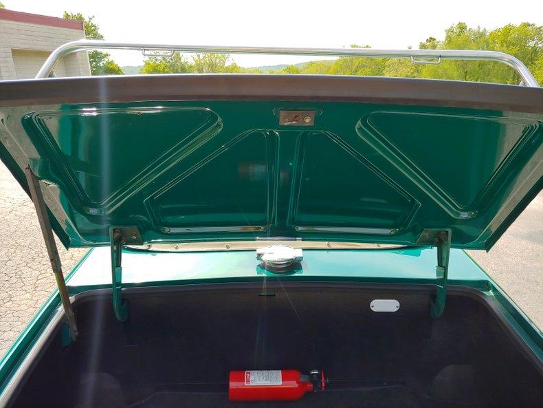 1974 Triumph TR6 42