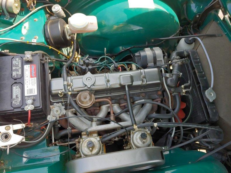 1974 Triumph TR6 40