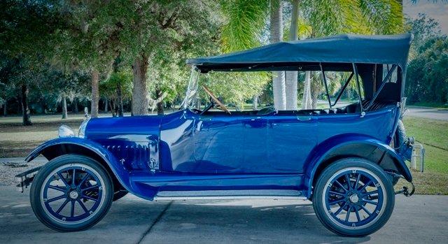 1917 Velie Biltwel Six