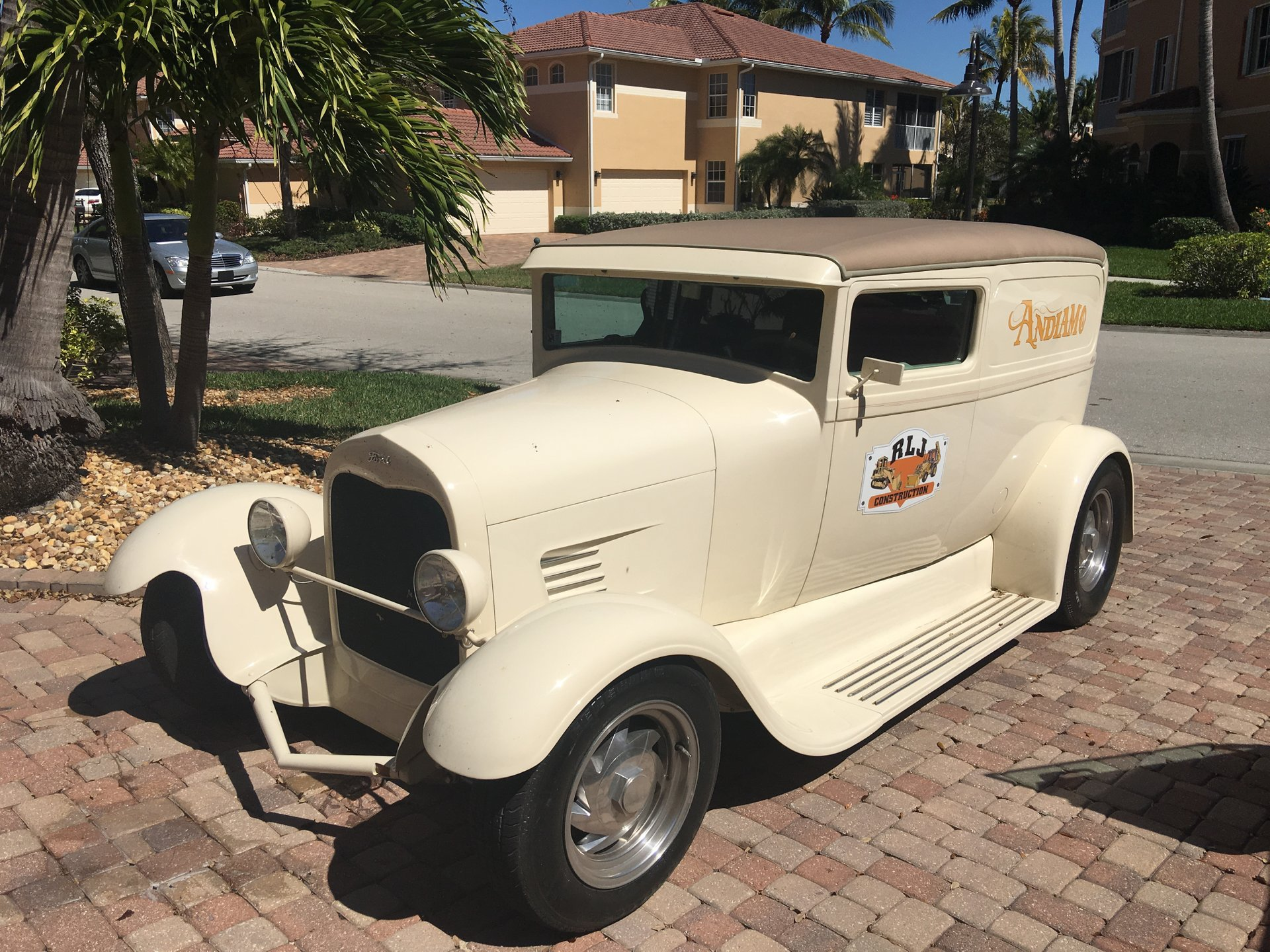 1928 ford sedan delivery street rod