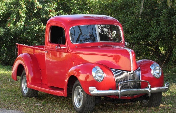 1940 ford custom deluxe pickup