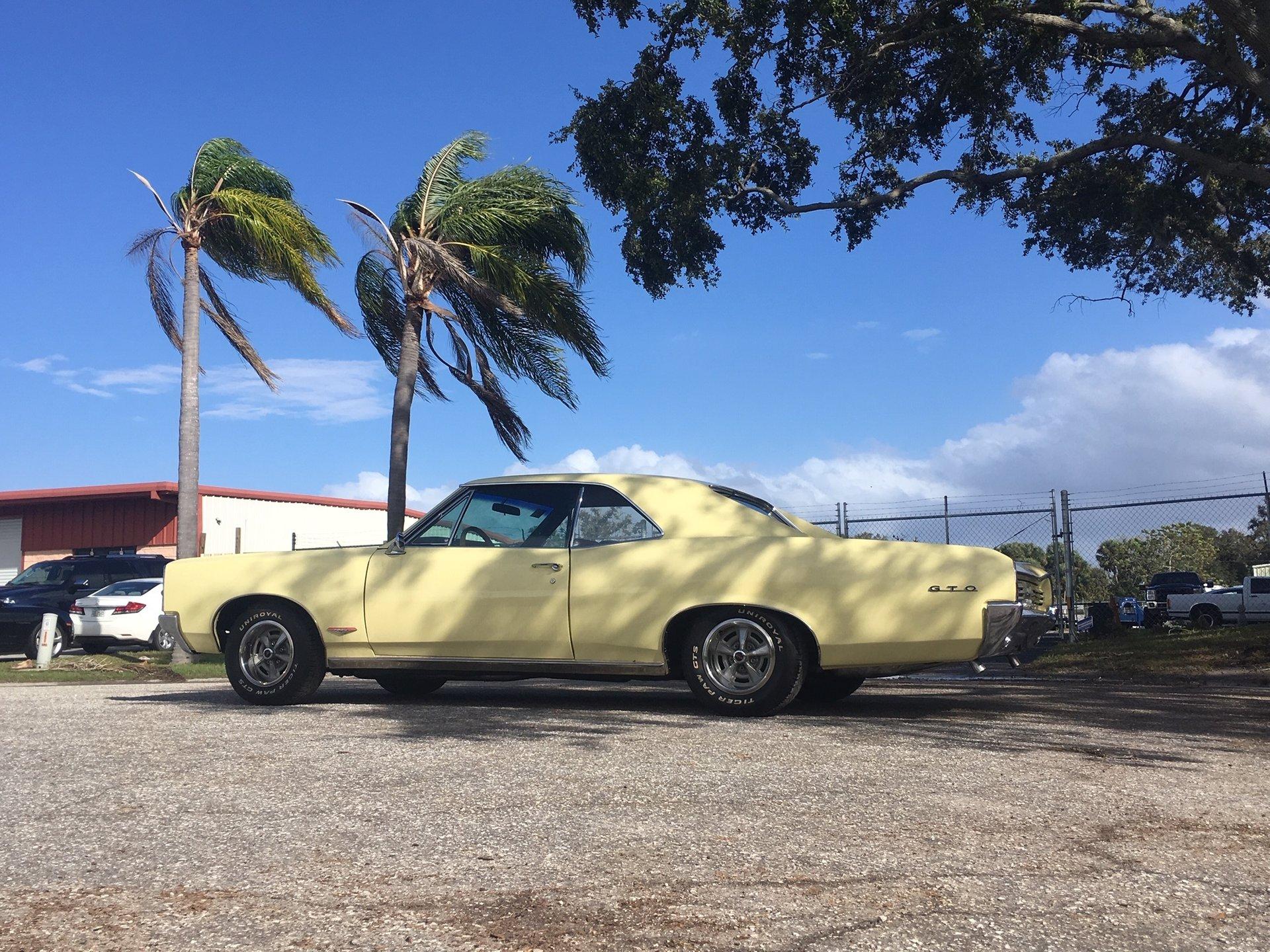 1966 pontiac gto coupe