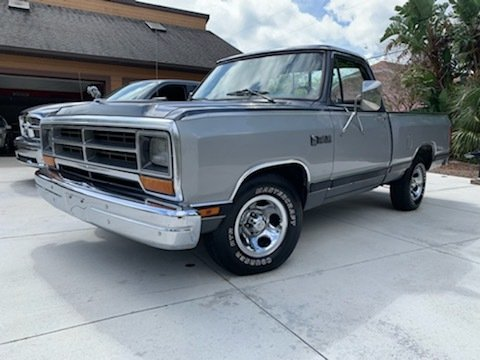 1986 dodge ram short bed pickup