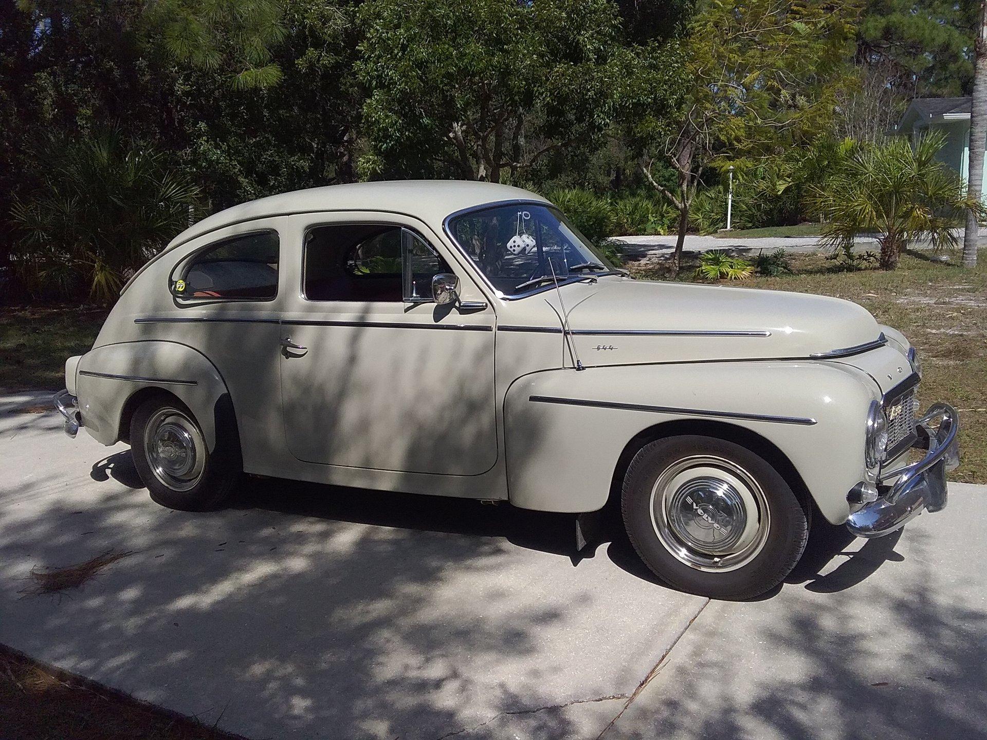 1962 volvo pv544 sedan