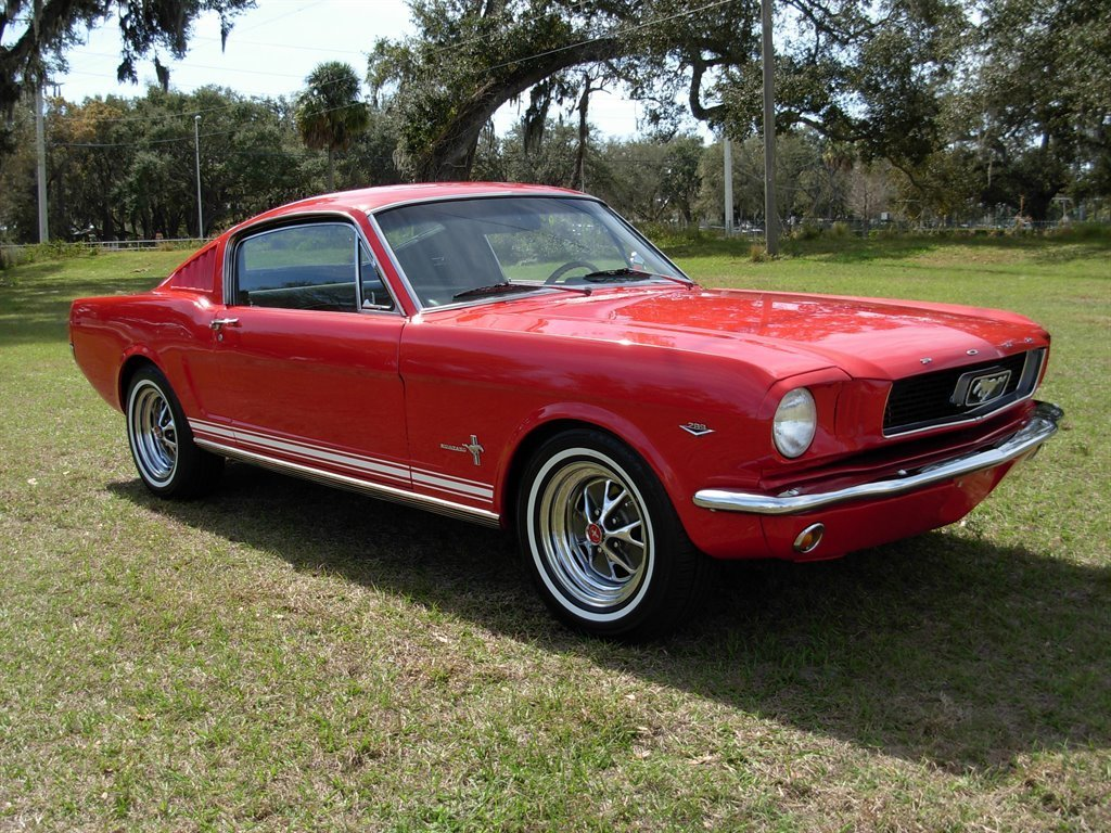 1966 ford mustang 2 2 fastback