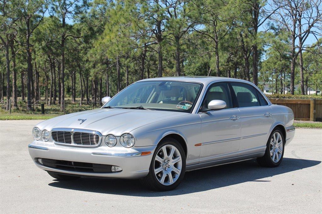 2005 jaguar xj8l sedan