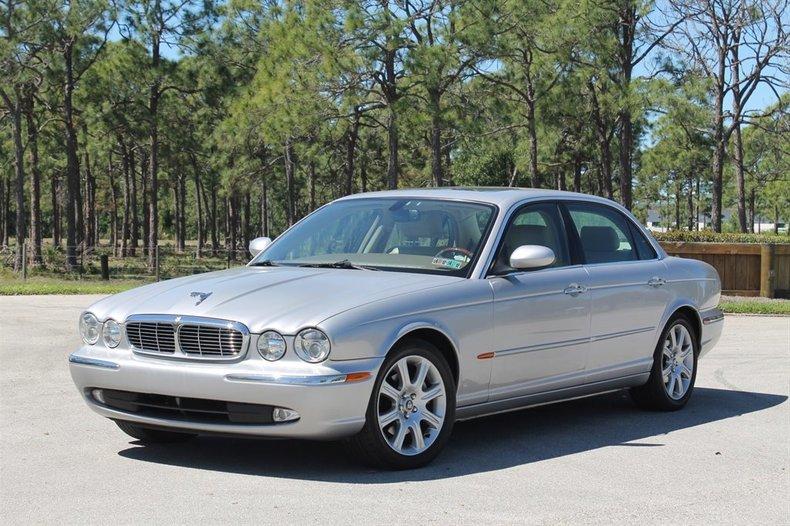 2005 Jaguar XJ8L For Sale