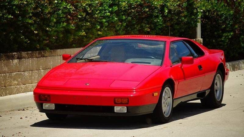 1988 lotus esprit turbo coupe
