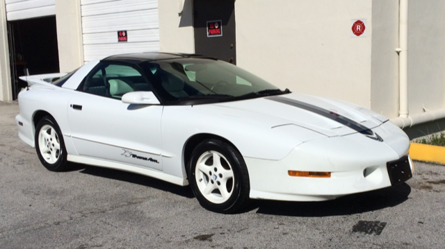 1994 pontiac trans am 25th anniversary edt