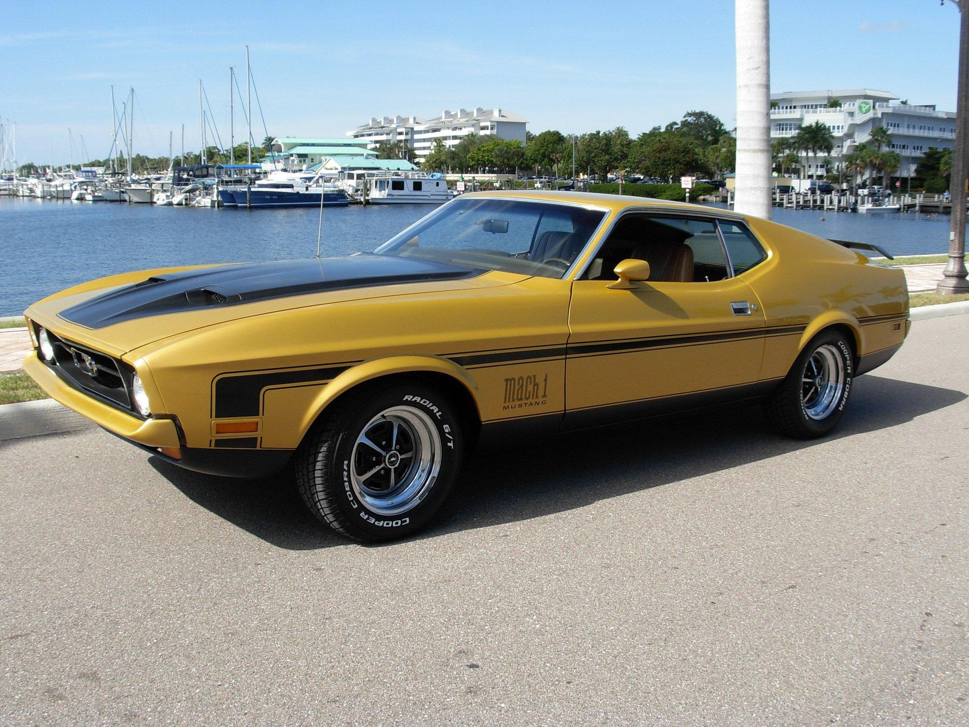 1972 ford mach 1 fastback